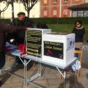 Cagliari solidale: c'è da aiutare Islam, un un venditore di rose finito all'ospedale per colpa di un ubriaco. Ci mobilitamo?