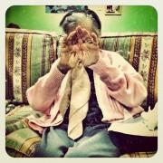 Gli anziani della casa di riposo di Sinnai immortalati su Instagram! Ecco le straordinarie immagini di Marzio Toniolo