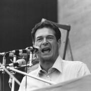 Grillo si fa capire, il centrosinistra no! Perché il Pd e Sel snobbano la lezione di Luciano Lama e Syriza?