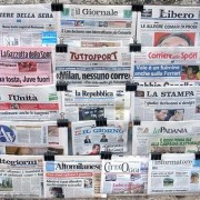 La sfida di Grillo al giornalismo italiano: che se non si rinnova subito, muore