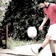 """""""Rombo di tuono (football painting)"""": l'omaggio dell'artista Marcello Rosas a Gigi Riva!"""