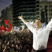 """""""Alexis Tsipras: chi è e cosa vuole il politico greco che si candida per cambiare l'Europa"""", di Maria Luisa Piras"""