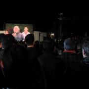 Grillo a Cagliari: meno gente, meno entusiasmo, meno idee. E soprattutto niente Sardegna