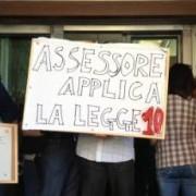 """I lavoratori della formazione professionale tornano in piazza: """"Noi, presi in giro dalla politica sarda"""""""