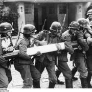 """Come nel 1939, 1° settembre di guerra in Europa. Ma i """"liberatori"""" di allora sono i provocatori di oggi (perché la Russia ha ragione)"""