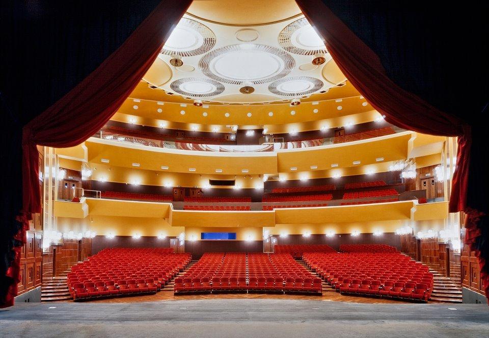 Teatro-Lirico-di-Cagliari-platea