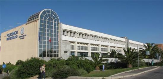 Ospedali, la giunta Solinas sgancia la bomba degli accorpamenti a Cagliari. Senza alcuna trasparenza