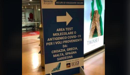I tamponi per i sardi che arrivano all'aeroporto di Venezia? Li ha voluti il presidente leghista Zaia!